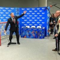 Corner promozionale olimpiadi con desk e pop-up