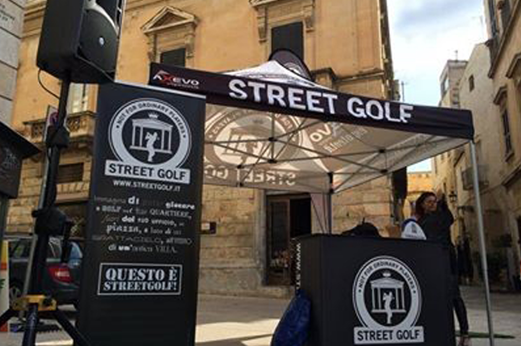 Gazebo Street Golf con Roll-Up