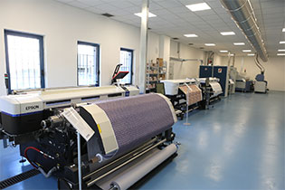 Laboratorio stampa su tessuto, Epson Textile Solution Center