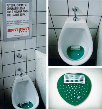 Guerrilla Marketing Installazione toilette