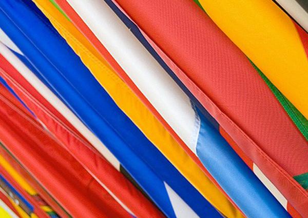 Stampa digitale bandiere e tessuti