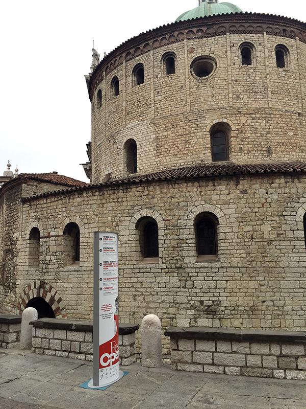 totem informativo Duomo Vecchio