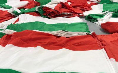 1000 bandiere italiane per consacrare l'Adamello