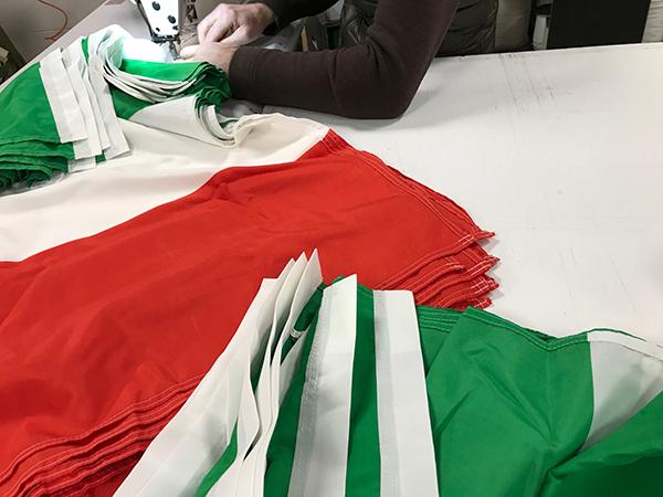 Confezione bandiere italiane
