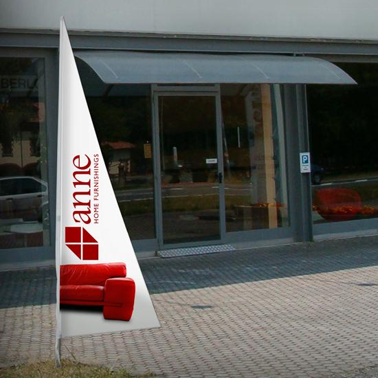 Bandiera pubblicitaria personalizzata triangolare
