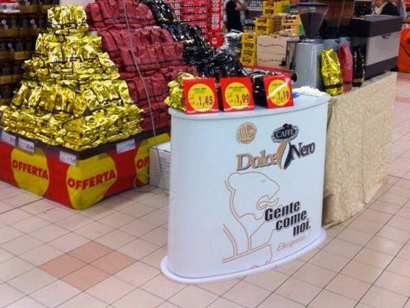 Arredamento negozi: banchetto Desk Premium