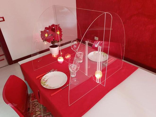 pannello plexiglas da tavolo ristorante