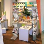 Guida agli espositori portadepliant per negozi e showroom