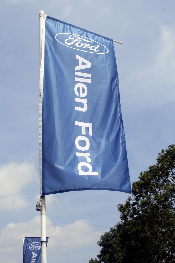 bandiera pennone automobili